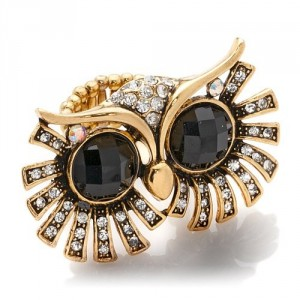 rara-avis-by-iris-apfel-big-eyed-owl-crystal-ring-8