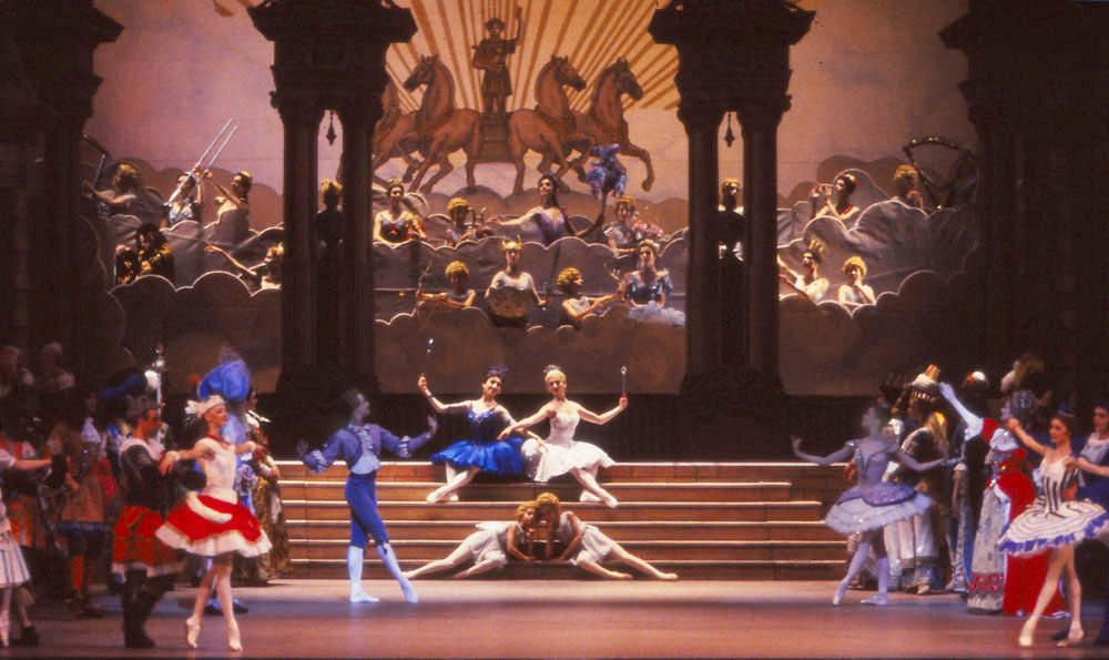 EN  SLEEPING BEAUTY 1999 Photo Alovert