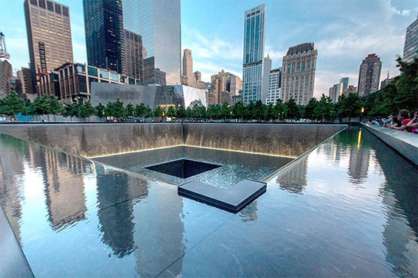 travel-traveler-guides-Top-100-things-to-do-in-NYC-New-York-NY-USA-National-September-11-Memorial-Museum