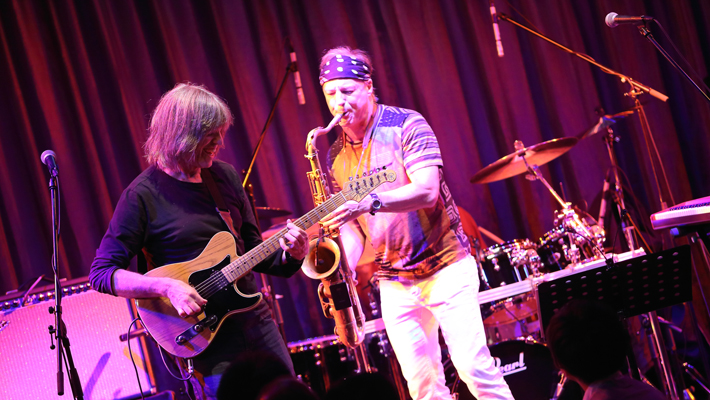 MIKE STERN , RANDY BRECKER